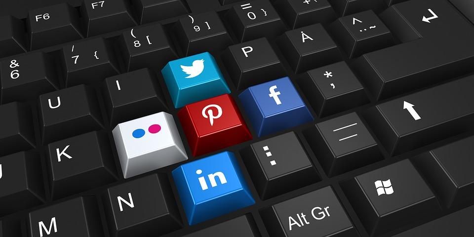 заработок на лайках в социальных сетях
